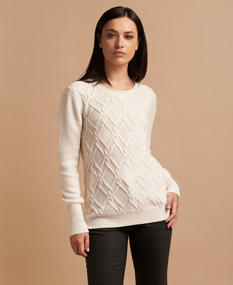 3-ply cashmere blend crew neck sweater with diamond pattern with needle-punched effect